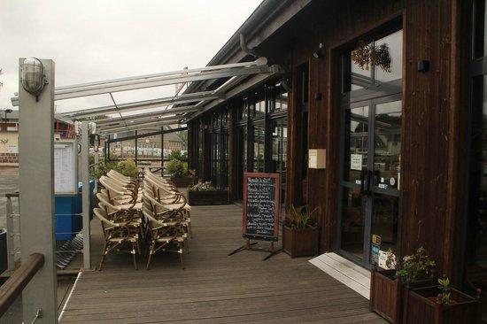 L'Ecluse: La terrasse