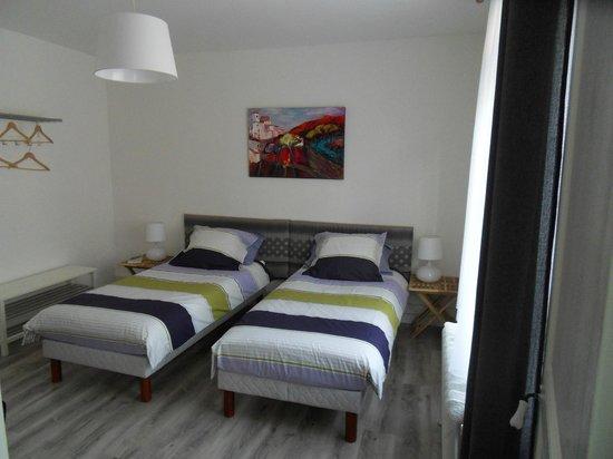 Le 33 : nos chambres (2 lits 90*200)