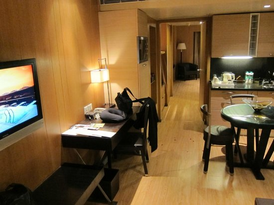Svelte Hotel and Personal Suites : room