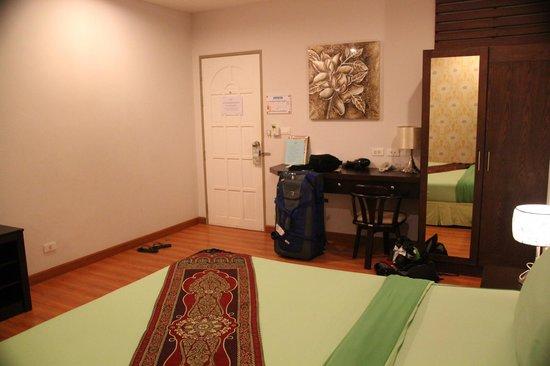 Ruean Kanyarat Boutique Hotel: Bedroom
