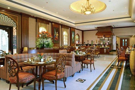 Indana Palace: Restaurant