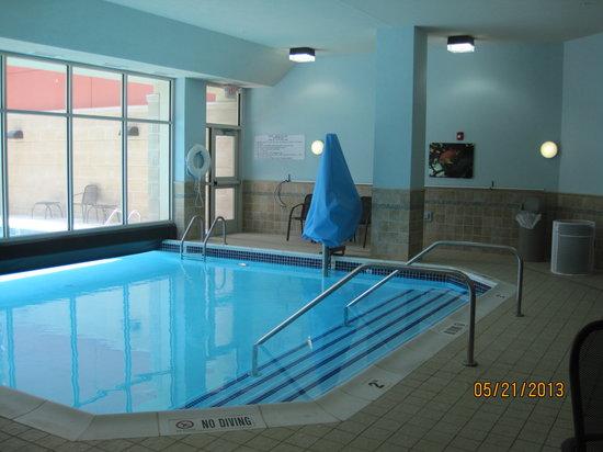 Drury Inn & Suites Valdosta : Pool