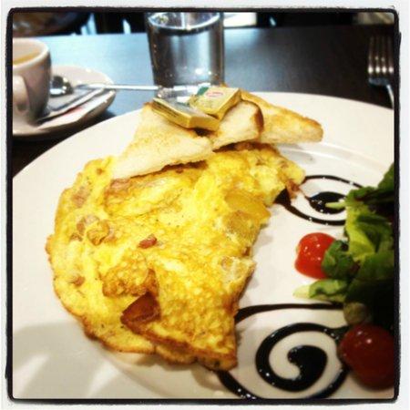 Pinocchio Italian restaurant & Wine bar : Breakfast fit for kings