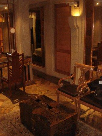 Babylon Bangkok: Suite