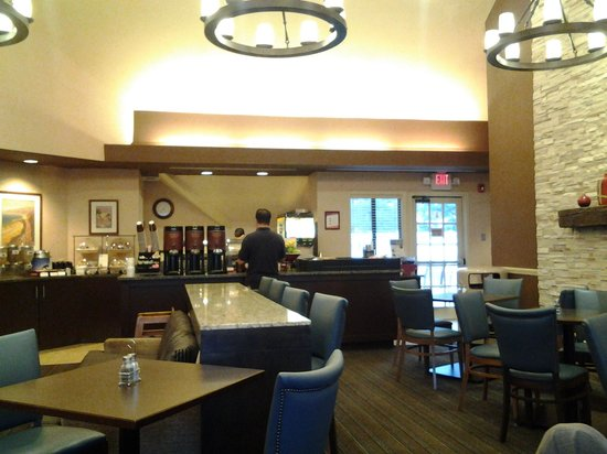 Residence Inn Cherry Hill Philadelphia: breakfast room