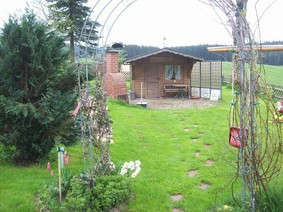 Gasthaus Schweizerhof : Grillhütte mit Grillplatz
