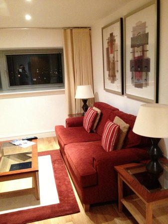 Marlin Apartments Aldgate : Living room