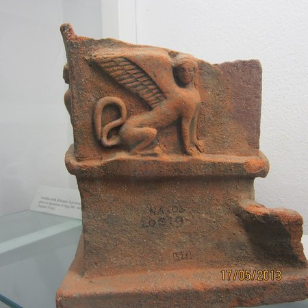Museo archeologico di Naxos: Relief Statuete from Naxos Colony