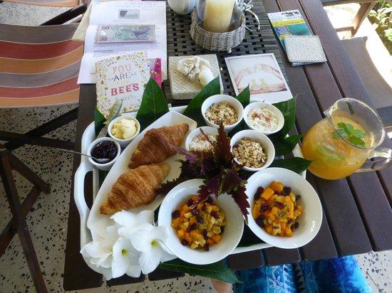 Makayla Palms: Beautiful Breakfast