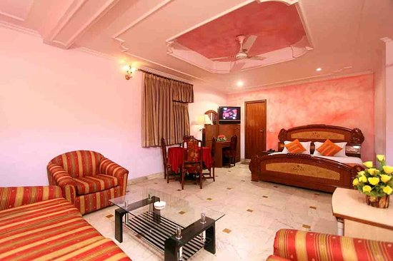 Hotel Jageer Palace: Semi Suite Room