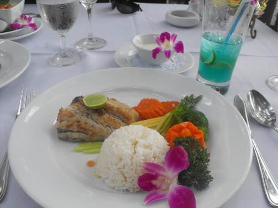 Bella Vista Restaurant: My fish was perfectly cooked