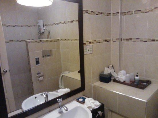 Nan Boutique Hotel: Bathroom
