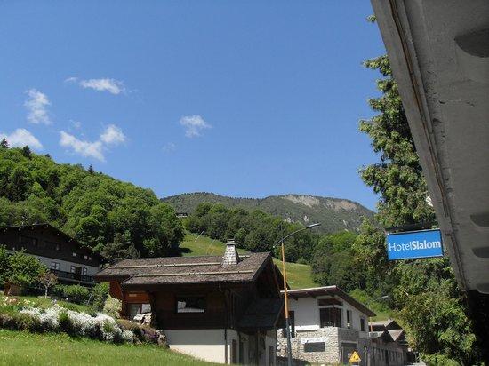 Hotel Slalom : vue de l'hotel