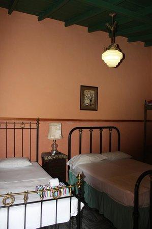 Hostal Maria y Enddy: Our room