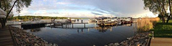 Resort Schwielowsee: PanoramaBlick aus dem Restaurant am Hafen - gehört zum Resort