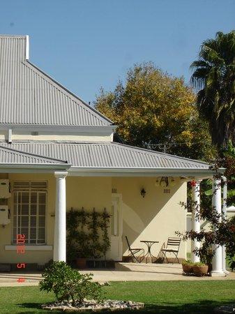 Villa Beryl Guesthouse Photo