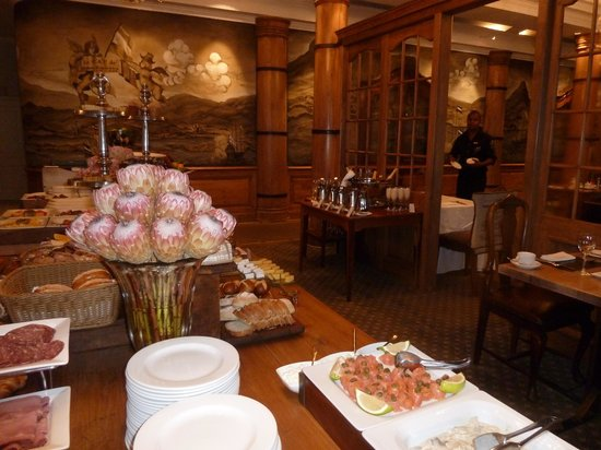 Cape Grace: Breakfast Buffet Room