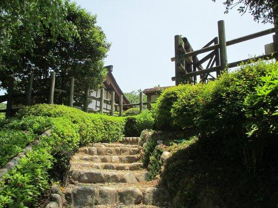 Rekishino-sato Damine Castle: 田峯城本丸