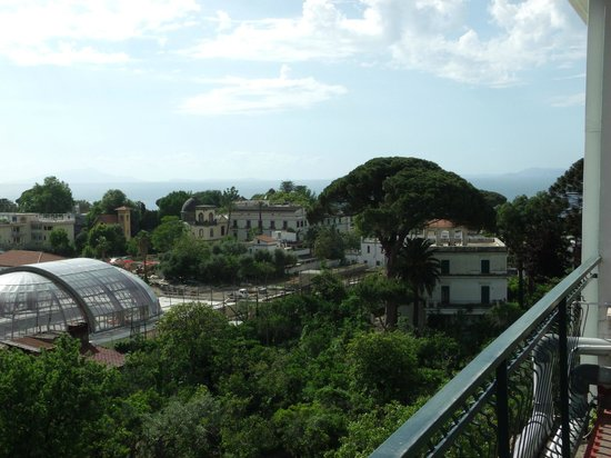 Majestic Palace Hotel: Terraza con vista panorámica