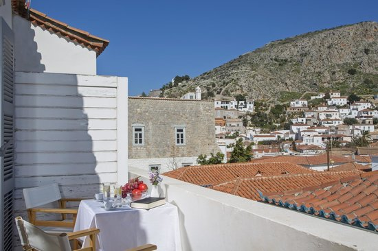 Hotel Leto Hydra : View from the Leto Hotel Executive Room