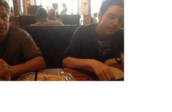 Il Mulino : This is not a great pic, but I wanted you to see how much they were enjoying the garlic bread. :