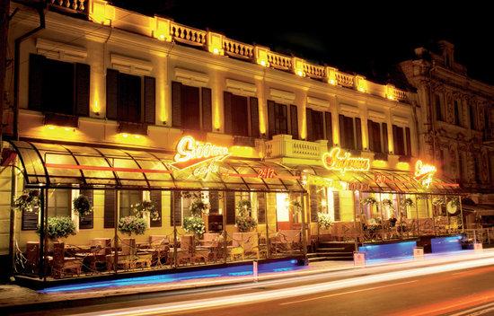 Impressa Hotel Facade