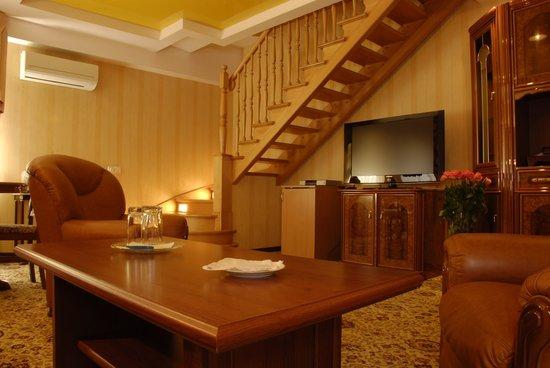 Impressa: Deluxe Suite room