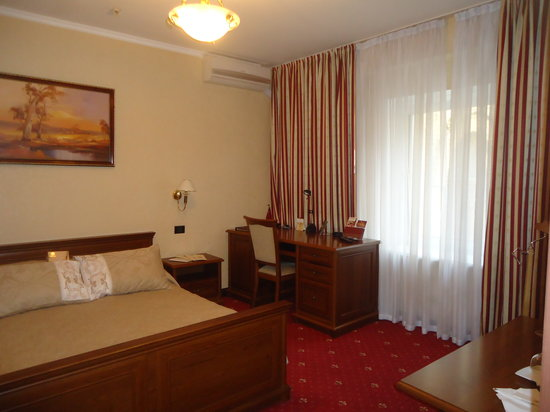 Impressa: King Size Superior Room