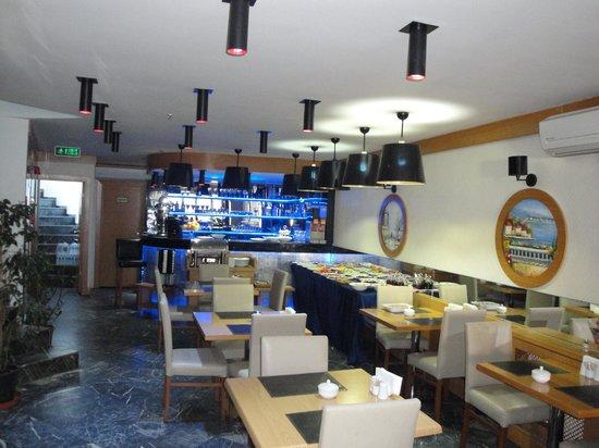 Hotel La Piano: Breakfast area