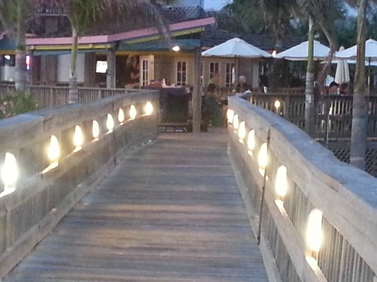 Jimmy B's Beach Bar: Coming in from the beach