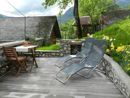 Apartments Kenda: Terrace with grill - House at Dvor 21