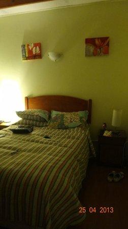 Hostal Almenas: quarto muito bom!!!