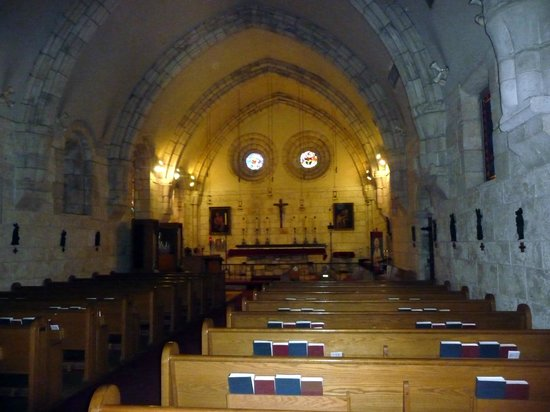 The Ancient Spanish Monastery: Inside the chapel