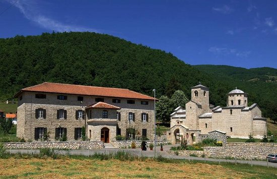 Novi Pazar, Serbia: Đurđovi Stupovi in een mooie heuvelomgeving