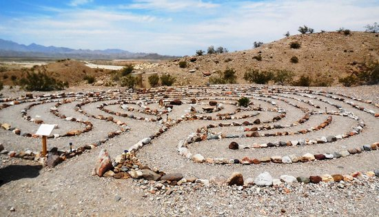 Laughlin Labyrinths