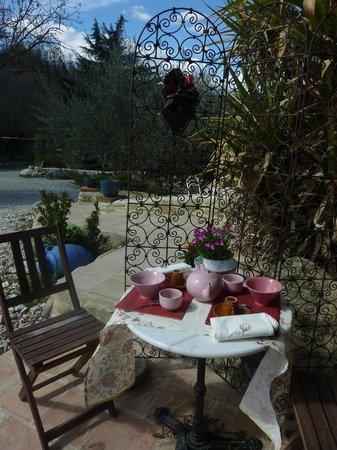Mas du Canigou: Terrasse au Mas Flores de Llum, plein sud