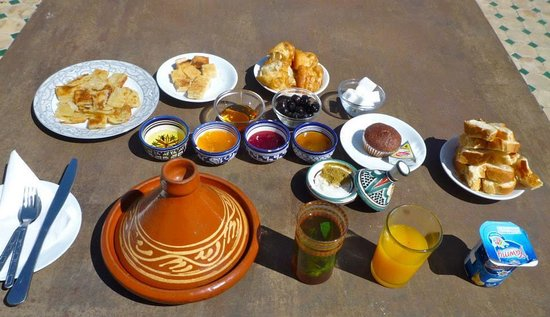 A sample of the phenomenal breakfast served at Dar Sienna!