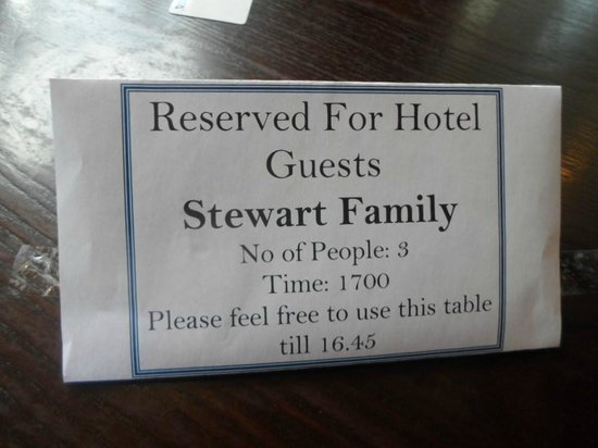 Swan Hotel: Busy Restaurant but Hotel reserved our table. Nice touch!