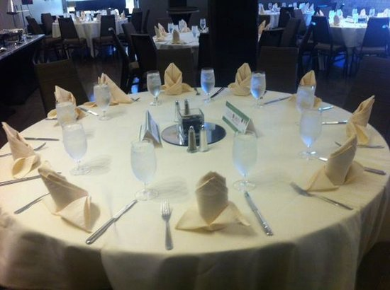 Westin St. Louis: Event Lunch Setup