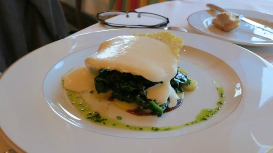 Le Choiseul: Exquisite snail and goat cheese dish at Le 36