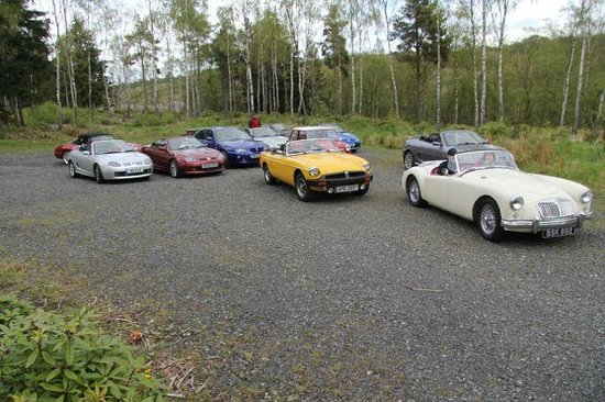 Westlea Guest House: We are from a car club. All but 2 parked at the Westlea in the drive. This photo from elsewhere.