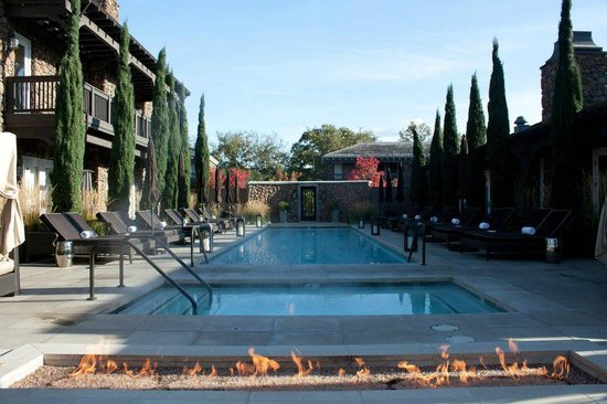Hotel Yountville: Stunning fire pit