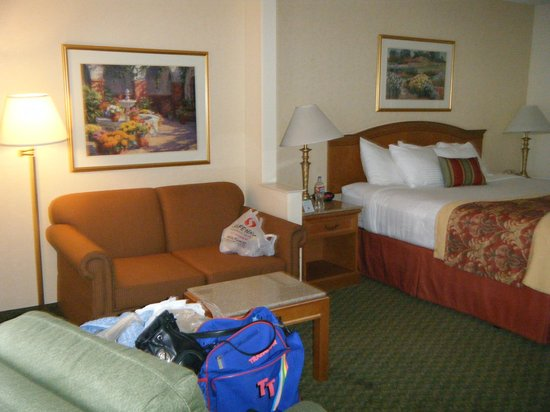 Best Western Plus A Wayfarer's Inn and Suites: Beautiful room!