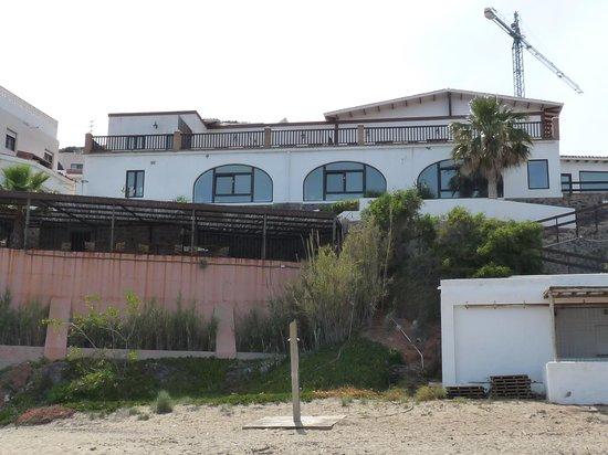 Doña Pakyta: Beach View of the Dona Patyka