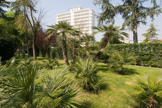 Hotel Terme Internazionale: LE PALME DEL PARCO