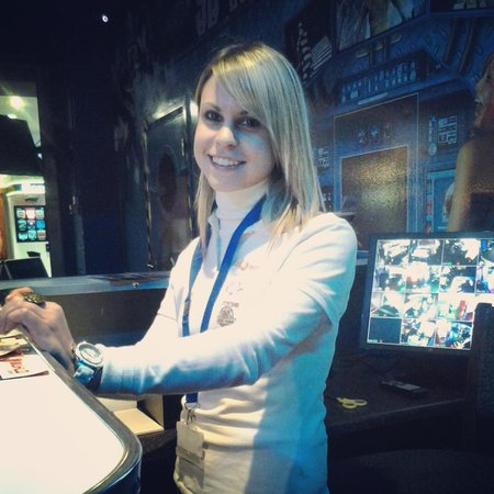 5D World and Arcade World at Trocedero: Our friendly staff are always on hand to help!