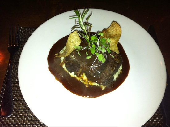 Darwin's on 4th: Malbec Braised Short Ribs