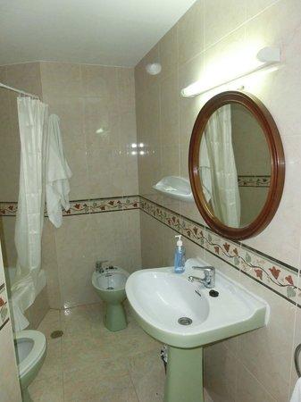 San Jaime Apartments: Ванная