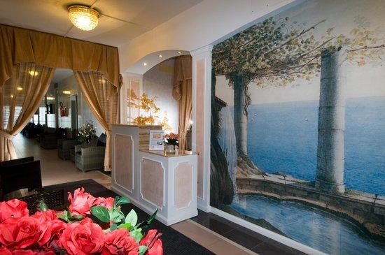 Hotel Terme Internazionale: RICEVIMENTO SPA E CENTRO BENESSERE