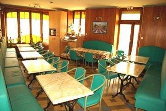 Hotel Le Gambetta: SALLE PETIT DEJEUNER